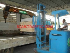 Our equipment : forklift